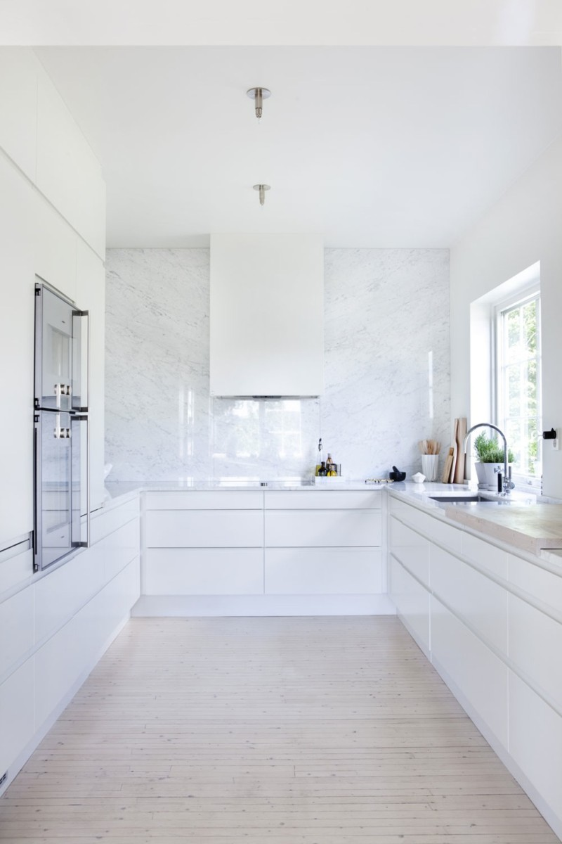 New kitchen in the making avec sofi avec sofi All white kitchen ideas