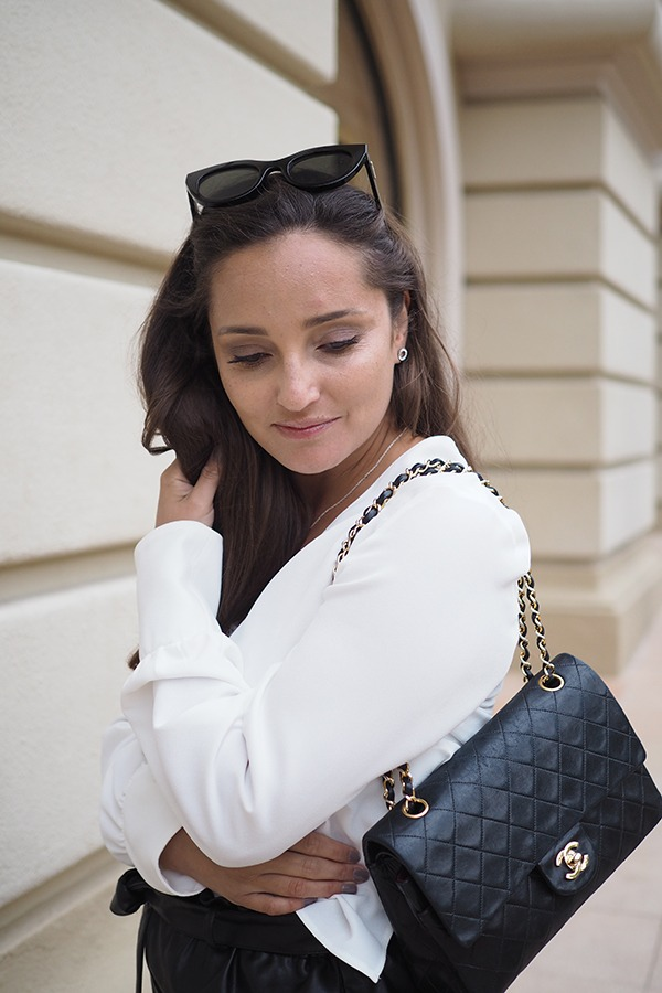 Avec Sofié blog l leather, lace and chanel bag #my style #chanelbag #chanel #monaco #southoffrance